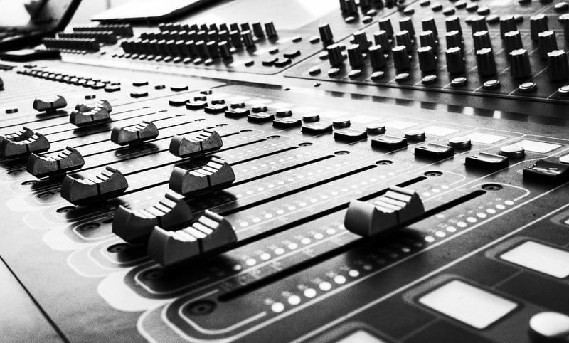 mixing deck, What's an EP and should you include Remixes (What is a remix)