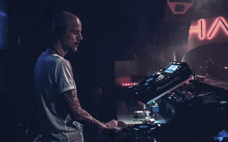 Matty Menck creating music