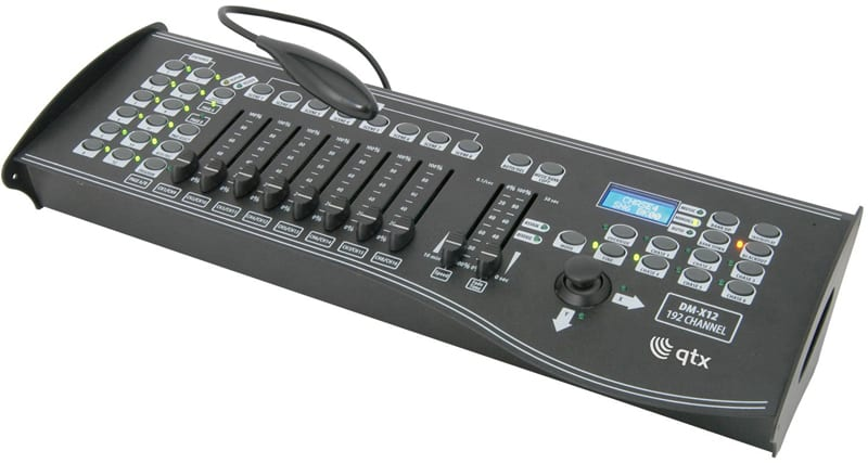 QTX 192 CHANNEL DMX CONTROLLER WITH JOYSTICK