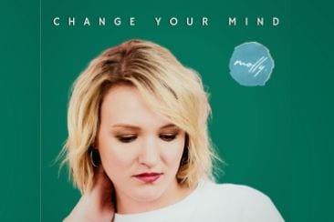 'Change Your Mind' – The New Single from Molly.