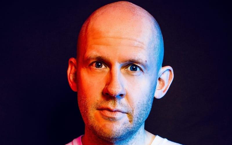 Tim Barnsley-Parfitt topliner interview on black background