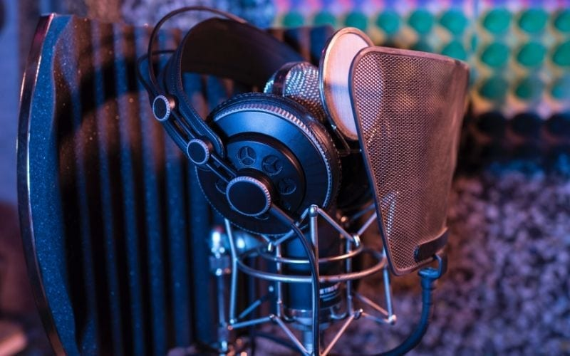 Condenser mic with studio headphones for vocal recording