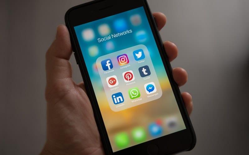 Mobile Phone Twitter