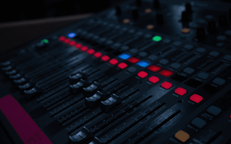 audio mixer image - Why do you a recording console