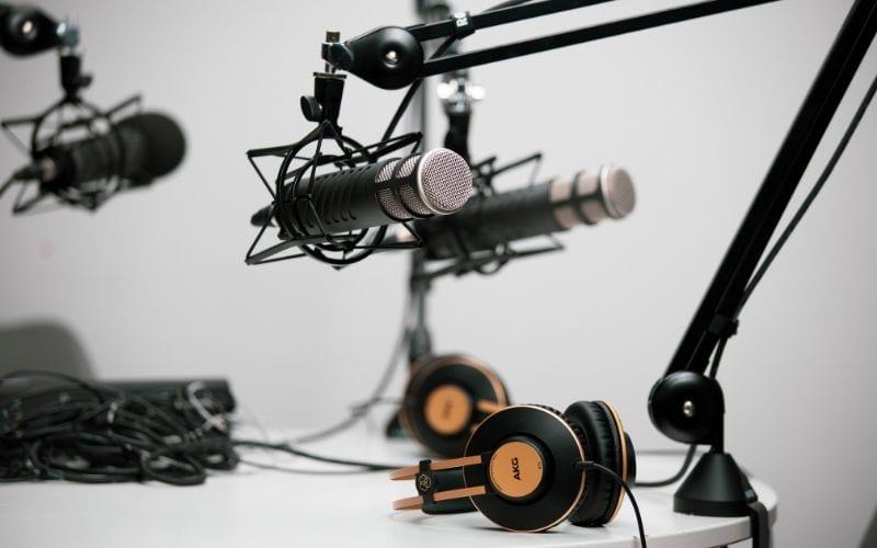 microphones recording podcast