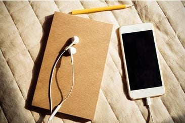 Songwriting Apps: What Are They & What Are The Best Ones Around?
