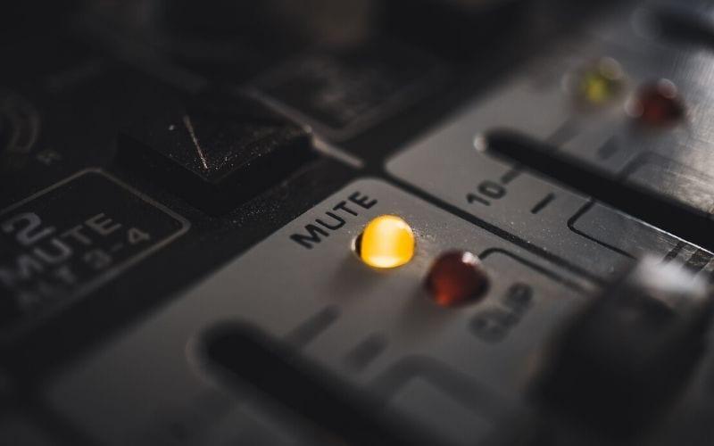 audio signal flow