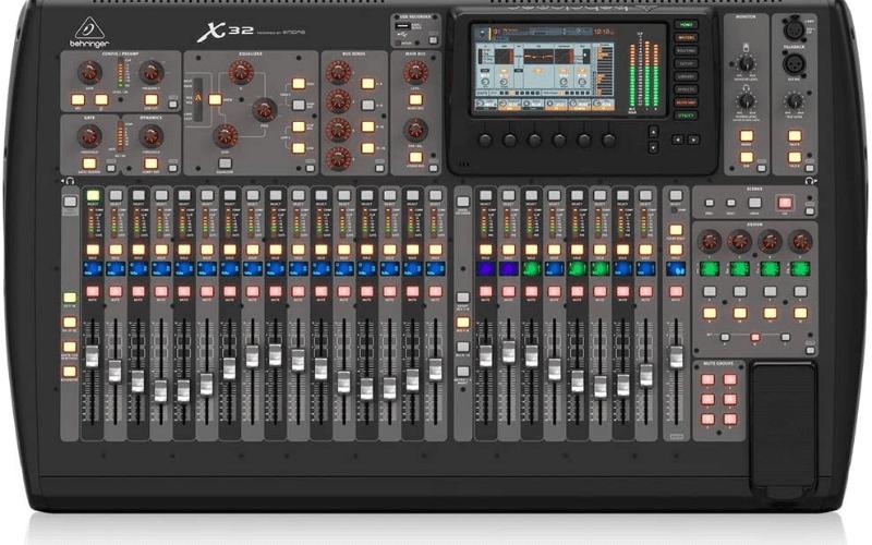 behringer 32 sound desk