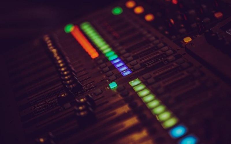 mastering sound desk
