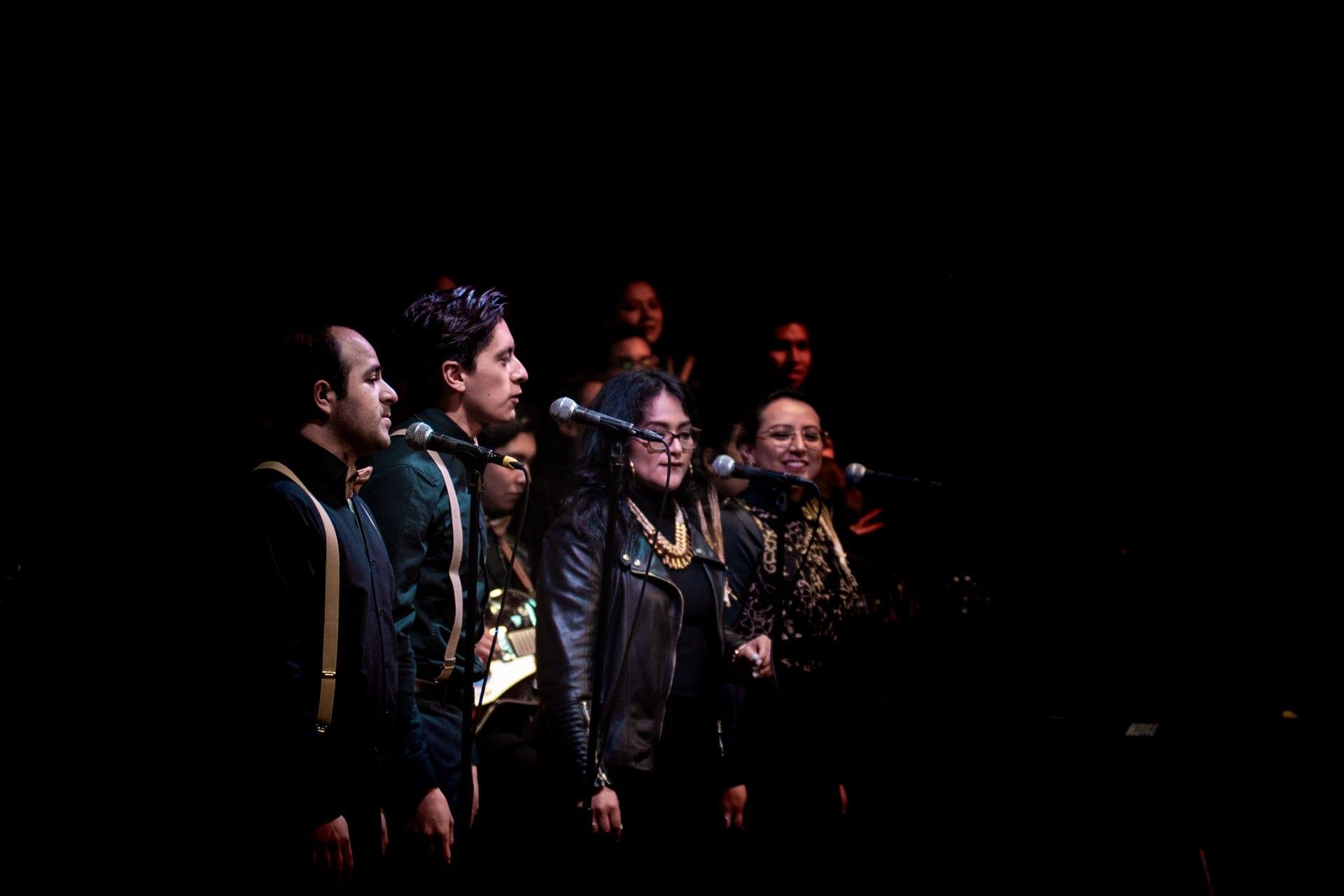 harmonies choir on stage