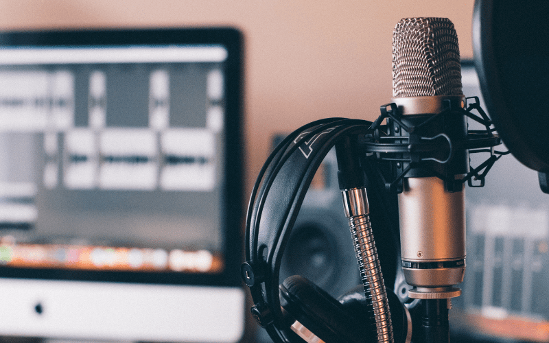 Music Podcasts microphone