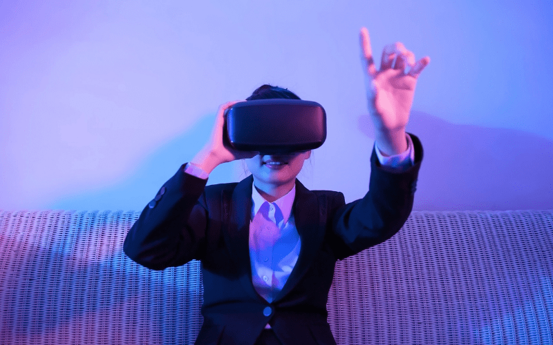 woman watching VR