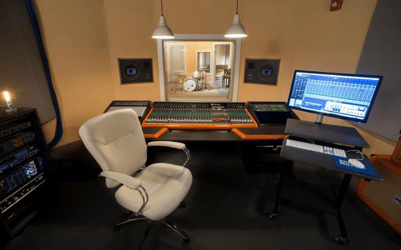 Plaid Dog Studios