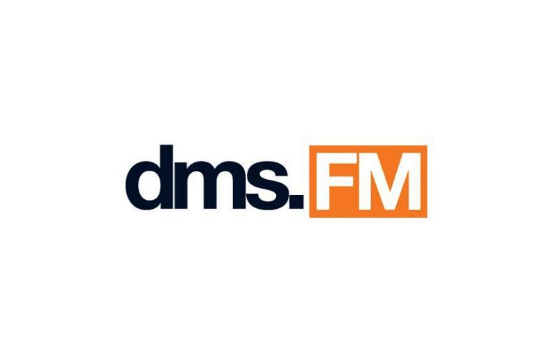 The dms.FM logo.
