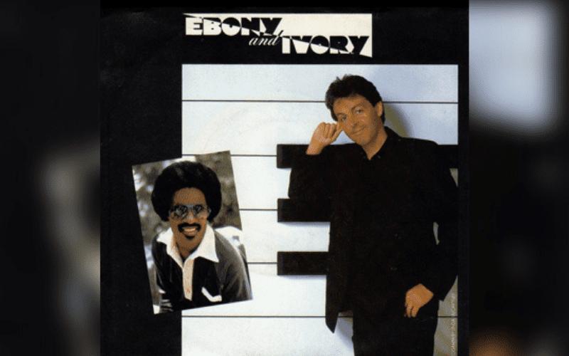 Paul mcCartneyh and stevie wonder - ebony and ivory