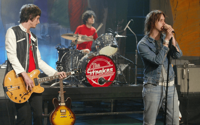 the strokes on stage band