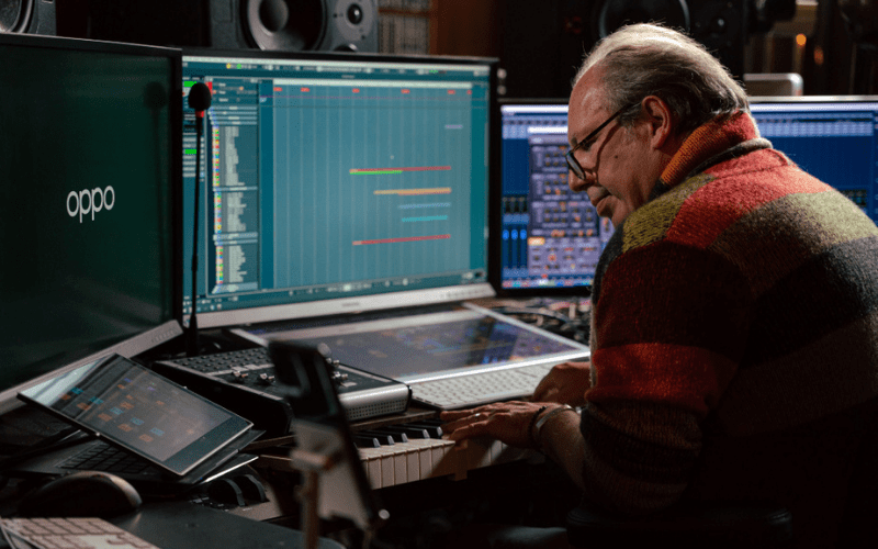 hans zimmer composing a video game soundtrack
