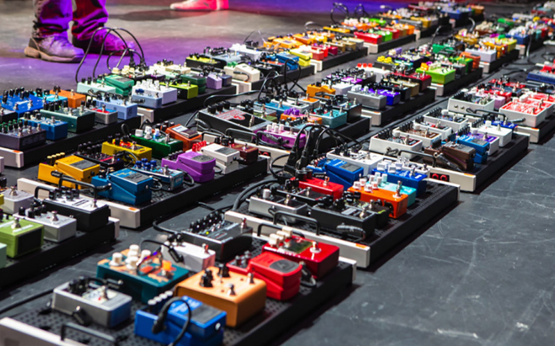 worlds largest pedalboard