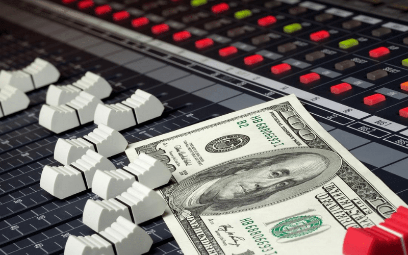 faders with money