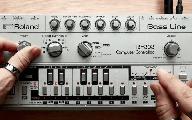 Acid House Roland Bass Line Synthesiser